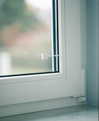 Potenzialfreier Glasbruchmelder (weiß) Anwendungsbeispiel