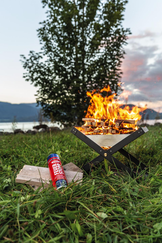 Anwendungsbeispiel – Feuerlöschspray Feuerstopp beim Lagerfeuer