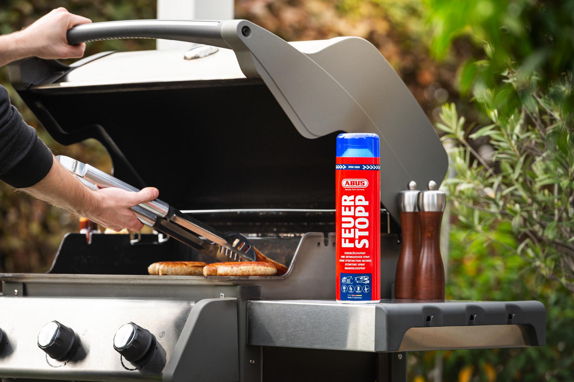Anwendungsbeispiel – Feuerlöschspray Feuerstopp beim Grillen