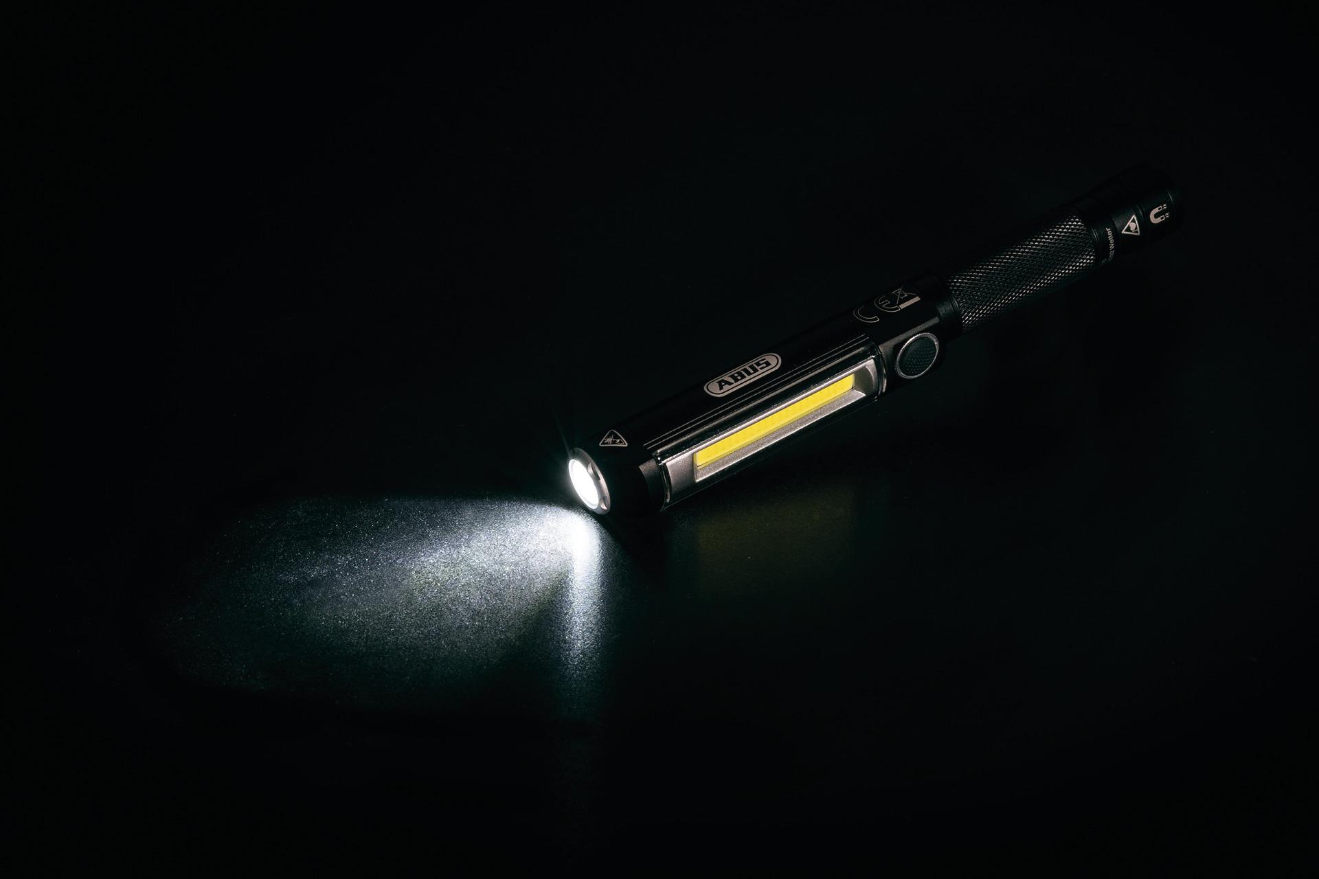 Anwendungsbeispiel - Stiftlampe TL-500