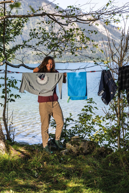 Anwendungsbeispiel – Bungee-Seil als Wäscheleine