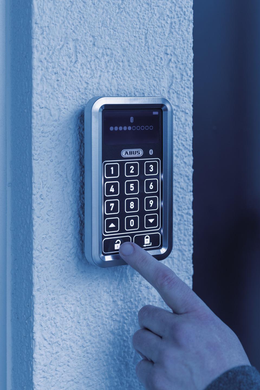 Anwendungsbeispiel – HomeTec Pro Bluetooth®-Tastatur