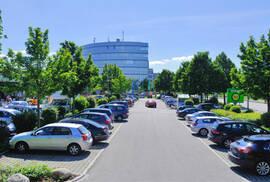 Beispiel Firmenparkplatz © ABUS