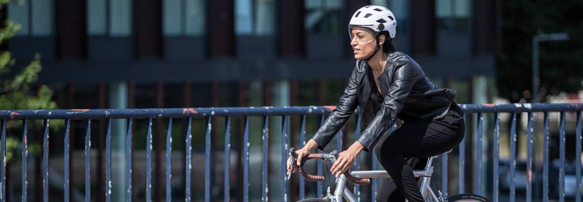 Abus Fahrradhelme Der Urban Serie Velohelme Velosicherheit