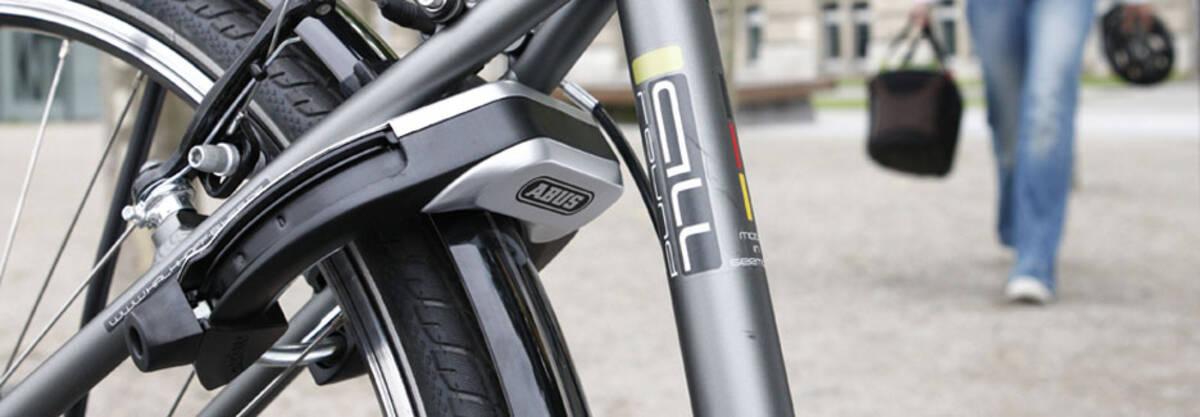 why aren 39 t frame locks popular in the u s bike forums. Black Bedroom Furniture Sets. Home Design Ideas