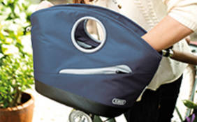 With the high-quality Lyria bag series ABUS fulfils women's wishes for classiness and functionality. © ABUS